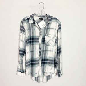 Urban Outfitters | plaid oversized flannel medium